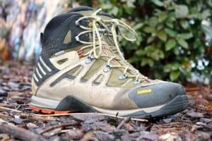 avantages-chaussures-de-marche-femme
