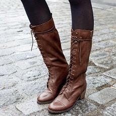 mode-bottes-lacets-femme