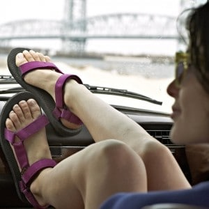 mode-sandale-marche-feminine
