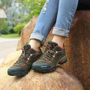 rigidite-chaussure-marche-femme