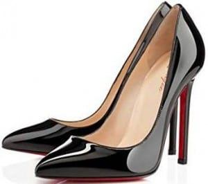2997de4470736e Au style à la fois classique et très sensuel, ces escarpins noirs  révèleront votre féminité tout ...