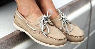 chaussure-bateau-lacet-femme