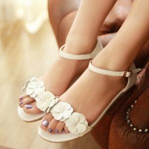 mode-sandale-mariage-femme