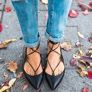 modele-ballerines-lacets-femme