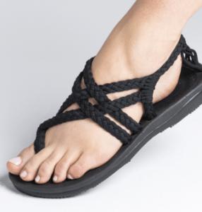 modele-sandale-de-sport-femme
