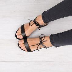modele-sandale-en-cuir-pour-femme