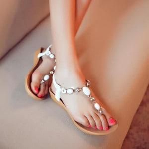modele-sandale-pour-plage-femme