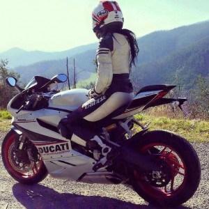 style-de-botte-pour-moto-femme