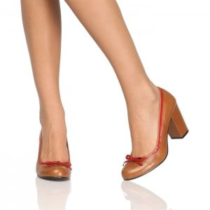 style-escarpin-en-cuir-femme