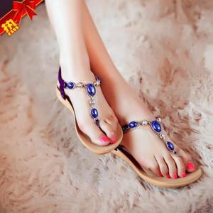 style-sandales-pour-plage-femme