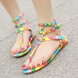 tendance-sandales-colorees-femme