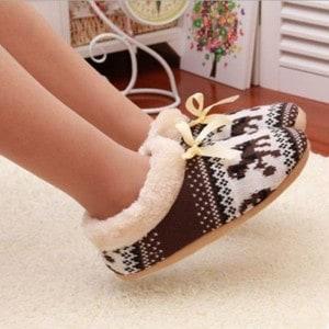 modele-chaussons-pantoufle-femme
