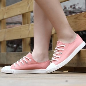 modele-chaussures-sneakers-femme